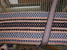 weaving Lexi a totebag to match the inkle woven strap.
