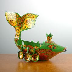 #Russian Khokhloma - national crafts