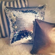 Love that sequin pillow! <3