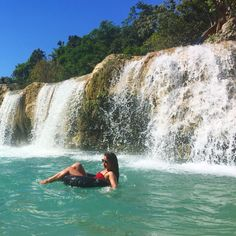 Chilling under a waterfall in Bolinao, Pangasinan, Philippines U.s. States, Family Vacations, Backpacker, Chilling, Waterfalls, Niagara Falls, Philippines, Photo Ideas, To Go