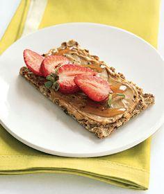 Cashew-Strawberry Crunch