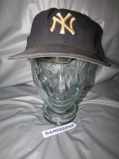 6630c5d117a NY Yankees Logo MLB 59Fifty New Era Black Hat With 2005 Over A Million Fans  Pin
