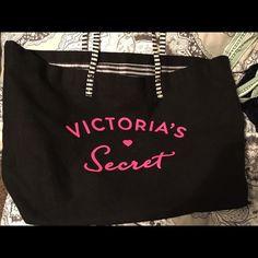 VS tote/travel bag Never used nice bag Victoria's Secret Bags Totes