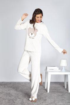 Noites descontraídas merecem pijamas fofos!