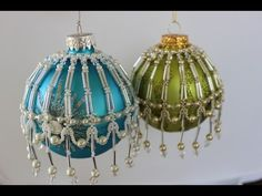 How to make a Christmas Ornament with seed beads and pearls