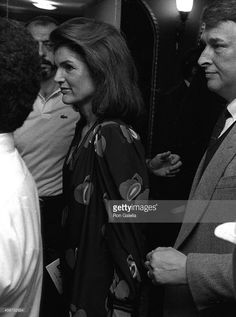 Jacqueline Onassis attends Lena Horne Opening on June 2, 1981 a the... News Photo | Getty Images