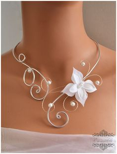 Silver wedding necklace with white butterfly, assorted pearls: necklace… - # bla . - Silver wedding necklace with white butterfly, assorted pearls: necklace… – # white - Wire Crafts, Jewelry Crafts, Jewelry Art, Handmade Jewelry, Jewelry Design, Bridal Accessories, Wedding Jewelry, Jewelry Accessories, Bijoux Fil Aluminium
