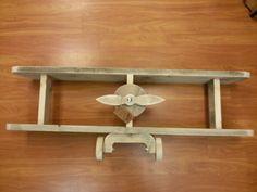 Vliegtuig van nieuwe steigerhout  (oud gemaakt)
