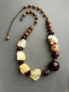 """Купить Колье """"Эмма"""" - коричневый, золотистый, желтый, цитрин бусины, кукуи, пальмовое дерево"""