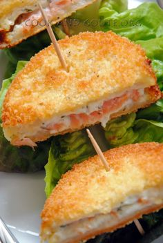 croques panés au saumon et fromage frais Minis croques monsieur panés au saumon et fromage frais ail & fines herbes Herb Recipes, Cooking Recipes, Healthy Recipes, Pancake Recipes, Cooking Bacon, Cooking Turkey, Food Porn, Salty Foods, Food Tags