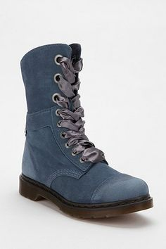 These are the same as the neutral ones, but in a lovely dusty blue