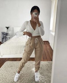 Cute Comfy Outfits, Cute Summer Outfits, Pretty Outfits, Stylish Outfits, Winter Fashion Outfits, Fall Outfits, Mode Instagram, Teenager Outfits, Mode Outfits