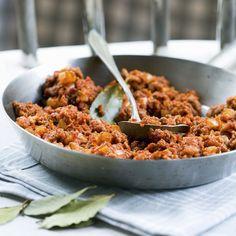 Vähän parempi jauhelihakastike | Liha, Kastikkeet, tahnat ja marinadit | Soppa365 Fried Rice, Fries, Cereal, Breakfast, Ethnic Recipes, Food, Party, Morning Coffee, Eten