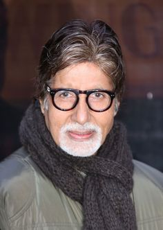 "Amitabh Bachchan Photos - Actor Amitabh Bachchan attends a photocall for ""Shamitabh"" at St James Court Hotel on January 2015 in London, England. - 'Shamitabh' Photo Call in London Indian Bollywood Actors, Indian Actresses, Actors & Actresses, Amitabh Bachchan Quotes, Amar Akbar Anthony, Bachchan Family, Michael Scott Quotes, National Film Awards, Vintage Bollywood"