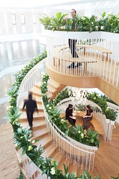 living-staircase-paper-lighting-fixture
