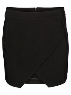 ALMA SHORT SKIRT, Exactly what I Need!    VERO MODA Holiday Countdown contest. Pin to win the style!