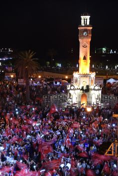 İzmirliler 15 Temmuz şehitleri için demokrasi meydanı istiyor - Çınar Haber Ajansı