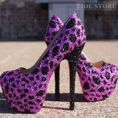 There are 2 tips to buy shoes, purple shoes, high heels, glitter shoes. Hot Heels, High Heels Boots, Sexy High Heels, Pumps Heels, Stiletto Heels, Shoe Boots, Ankle Boots, Flats, Cute Shoes