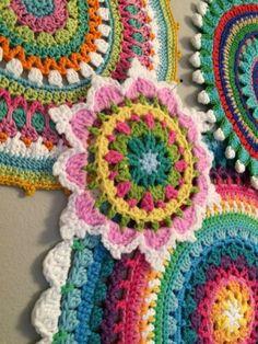 Die 143 Besten Bilder Von Puffs Crocheting Diy Crochet Und Hand