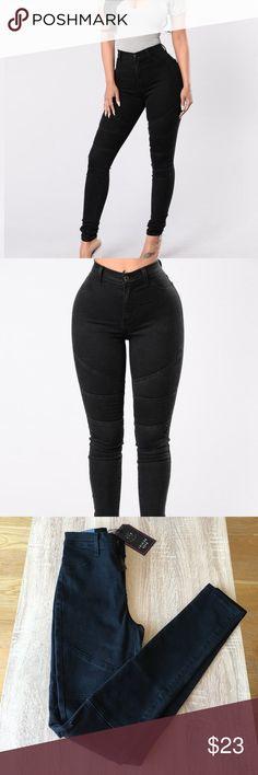 Black Moto Jeans High Waist Faux Front Pockets Moto Detail Skinny Leg 65% Cotton, 29% Polyester, 4% Viscose, 2% Spandex. New with tag Fashion Nova Pants Skinny