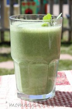 Rounding Up Your Favorite Smoothie Recipes! - Gooseberry Patch