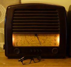 GEC 4950 Bakelite Radio