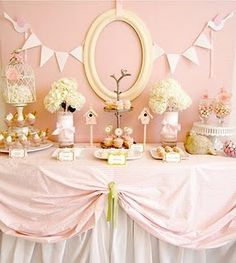 @Brooke Higgins these decorations for baby shower are cute. Thought I'd share. : )