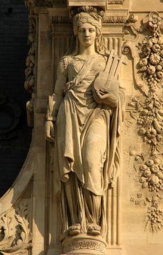 Pavillon Turgot. Guillaume. Cariatides Ancient Greek Sculpture, Ancient Art, Sculpture Ornementale, Statues, Art Romain, Greek Pantheon, Louvre Paris, Roman Gods, Architectural Sculpture