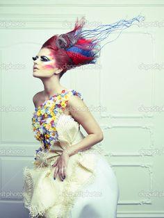 Леди авангардного волос — Стоковое изображение #12312459
