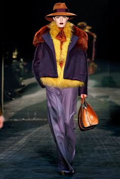 Gucci Fall 2011 Ready-to-Wear Fashion Show - Linnea Regnander