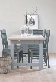 18 best oak table and chairs images furniture restoration painted rh pinterest com