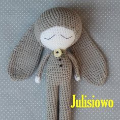 This is a crochet pattern PDF - NOT the actual finished doll at the photos!  The pattern is available in ENGLISH (HAAK AFKORTINGEN ENGELS NEDERLANDS
