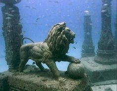 cleopatra underwater palace | Amazing Underwater Ruins | Middle East Car Hire