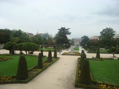 Real Madrid, Sidewalk, Sightseeing Bus, Spanish Culture, Perfect Place, Viajes, Tips, Destinations, Monuments