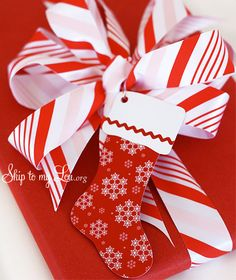 How to make a pretty bow with Martha Stewart ribbon from Staples
