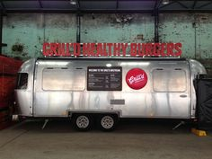 Very cool design Mini Camper, Food Trailer, Concession Trailer, Airstream, Coffee Food Truck, Mobile Coffee Shop, Food Truck For Sale, Mobile Food Trucks, Mobile Catering