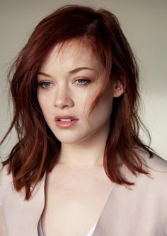 Jane Levy near naked / nude photos. Hottest Jane Levy ever. Jane Levy Butt all time. Balayage Auburn, Balayage Hair, Ombre Hair, Jane Levy, Auburn Hair, Beautiful Redhead, Gorgeous Girl, Beautiful Women, Stylish Hair