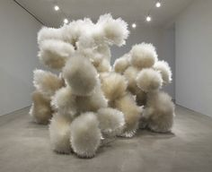 Masterfully constructed Sculptures by Tara Donovan /sornmagazine.com