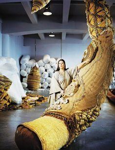 Joana Vasconcelos est la première femme invitée à exposer au château de Versailles