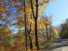 Fall time in the Italian mountains! - Travel to central Italy in the Fall!