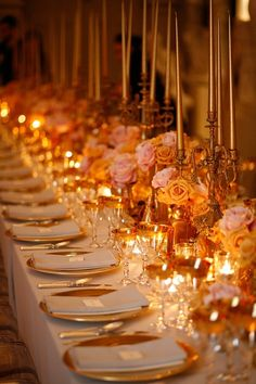 gold + pink wedding tablescape - not crazy about the colors, but the whole setup is really pretty.