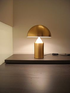 http://www.oluce.com/en/lamps/table/atollo-233-oro-detail