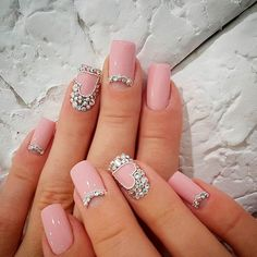 Classic & Delicate French Manicure & other Beautiful Nail Art Designs 2016 2017 Nail Art Designs 2016, Pretty Nail Designs, Trendy Nail Art, Nail Art Diy, French Nails, Cute Nails, Pretty Nails, Jolie Nail Art, Nagel Bling