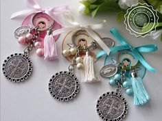 Baptism and First Communion favors - St. Benedict's medal keychain w/ customized label First Communion Favors, Baptism Favors, Baptism Ideas, Baby Baptism, Baptism Party, Blue Pearl, Pearl Color, Card Sizes, Round Beads