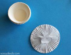 Cupcake Liner 4 Leaf Clover Craft for St. Patrick's Day - Sassy Dealz