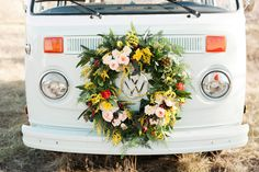 Volkswagen bus wedding editorial   Photo by Kristina Curtis Photography   http://www.100layercake.com/blog/wp-content/uploads/2015/03/Volkswagen-bus-wedding-editorial