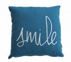 http://ernestestceleste.com/1510-thickbox/coussin-en-lin-smile.jpg