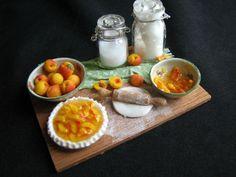 Peach Pie Dollhouse miniature food