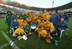 The Wallabies pose with their newly won Silverware,FT Wales Australia Eden Park, All Blacks, Rugby World Cup, Sports Teams, Hanging Out, Poses, Figure Poses