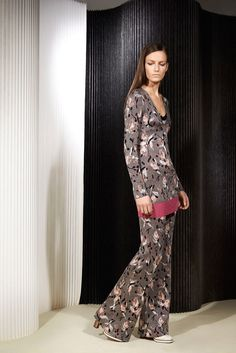 See the complete Missoni Pre-Fall 2015 collection.